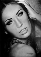 Megan Fox by diamondnura