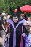 Maleficent can Dance... and smile... ish o-o by Taryndedoo
