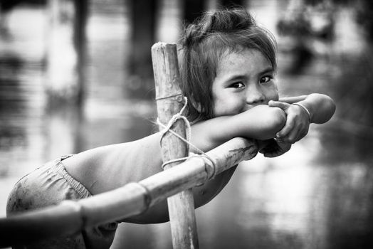 Cambodian Girl by Stilfoto