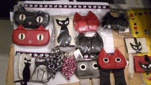 Japanese cat theme purses by Fantasmiki