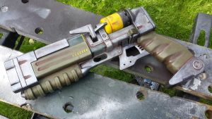 Fallout 4 Laser pistol by Dr-Thraxaplaxis