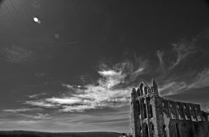 Whitby Abbey by maximusmountain
