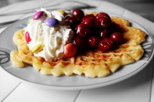 Waffle with cherries and smarties by YunakiDraw