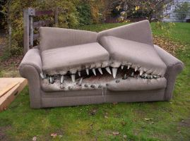 Toothy Couch by Toogs