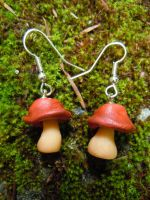 Shroomie Earrings by KespeadooksitAgain