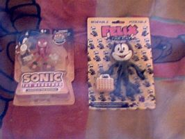 My new Felix bendy and Knuckles figure by MollyKetty