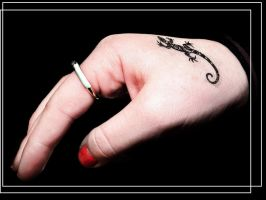 hand by cassisit