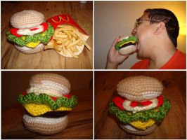 Crochet Cheeseburger by katrivsor