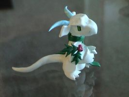 White Winter Dragon by HowManyDragons