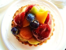 Fruit Tart by bentobear