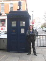Femme Ninth Doctor and the TARDIS II by aragornsgirl333