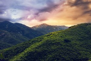 Mountain light by klefer