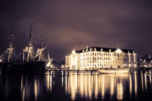 Glowing Night - Amsterdam by siddhartha19