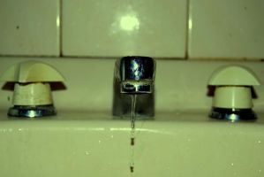 Sink Two. by chelseahunter