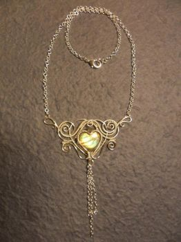 Arinda - Necklace by Carmabal