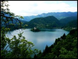 Lake of Bled by ginTonic13