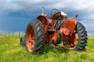 Farm tractor by MoCity