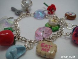 Princess bracelet by SPiCEYRiCEY
