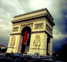Arc de Triomphe by 3luvingGreen