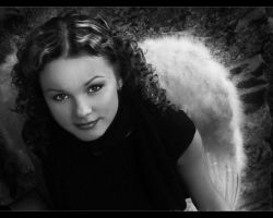 Retro Angel by indifferens