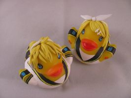 Rin and Ren Kagamine Ducks by spongekitty