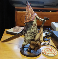 Silent Hill 2 - Red pyramid thing model + Box Info by DarkReign27