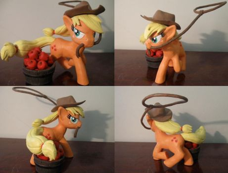 Dem Apples. by Archaedin