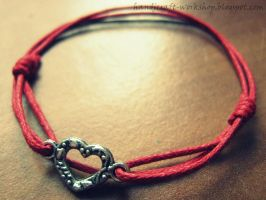 Heart bracelet by Panna-Kot