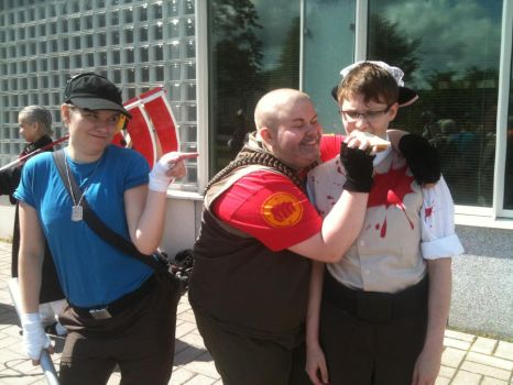 Team Fortress 2 cosplay by unclebenscandyworks