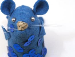 Pisces Mouse closeup by The-House-of-Mouse