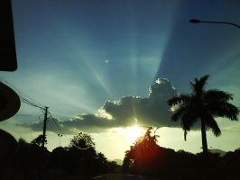 Cloud and Sun by ezy94