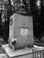 The Grave of Marx by Party9999999