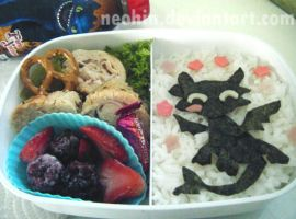 Toothless bento :D by neohin