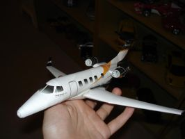 Embraer Phenom 300 Papercraft by koenigsegg-ccr