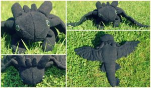 Toothless plush. by jamm3rs