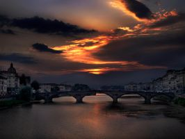 the sky in firenze by VaggelisFragiadakis