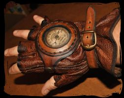 steampunk leather glove with pressure gage by Lagueuse