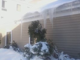 icicles1 by smawzyuw2