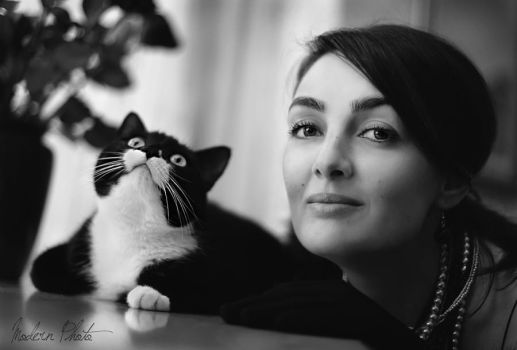 Lady and a cat by Anar8Rita