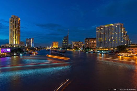Bangkok Cityscape by lux69aeterna