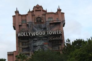 ThE HoLlYwOoD ToWeR HoTeL by jkegler23