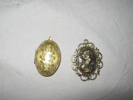 pendants by Meltys-stock