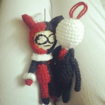 Commission: Slenderman and Harley Quinn Keychains by michelle-murder