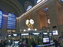 In Grand Central by ArbothxthexInsane