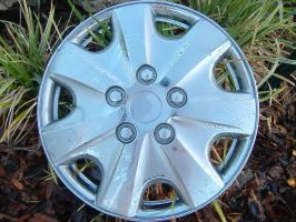 Hubcap by richardxthripp