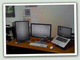 Dual External MBP Monitors by hotiron