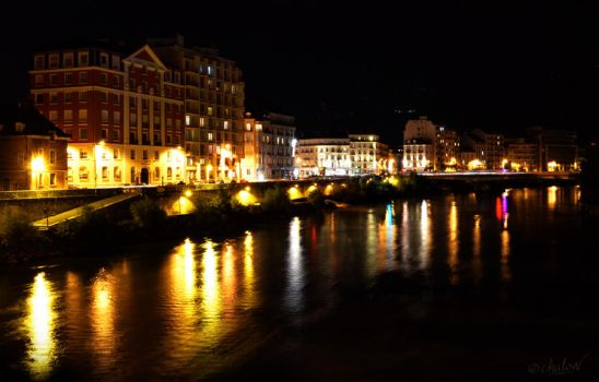 Grenoble by night by Chalow