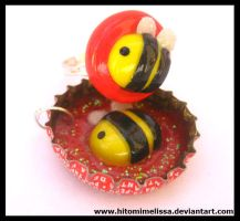 more bees by HitomiMelissa
