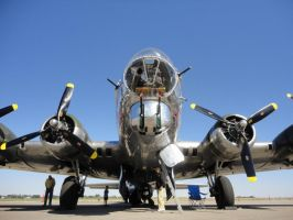 B-17 SENTIMENTAL  JOURNEY 4 by Pwesty