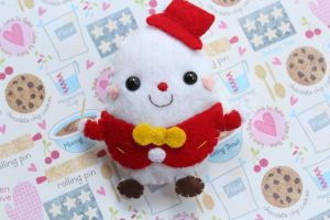 Humpty Dumpty Plushie by funkypinkgal